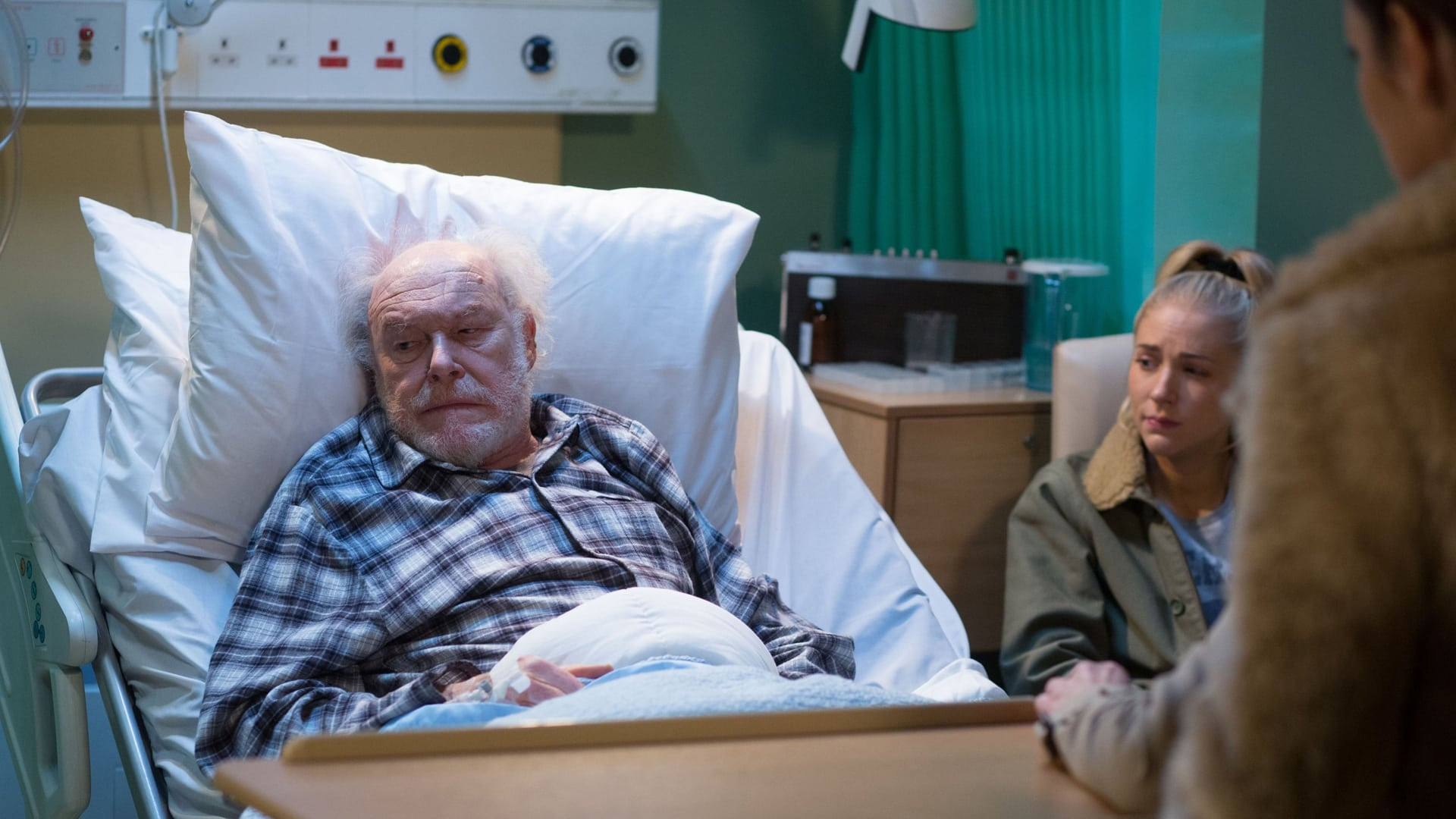 EastEnders Season 31 :Episode 56  02/04/2015