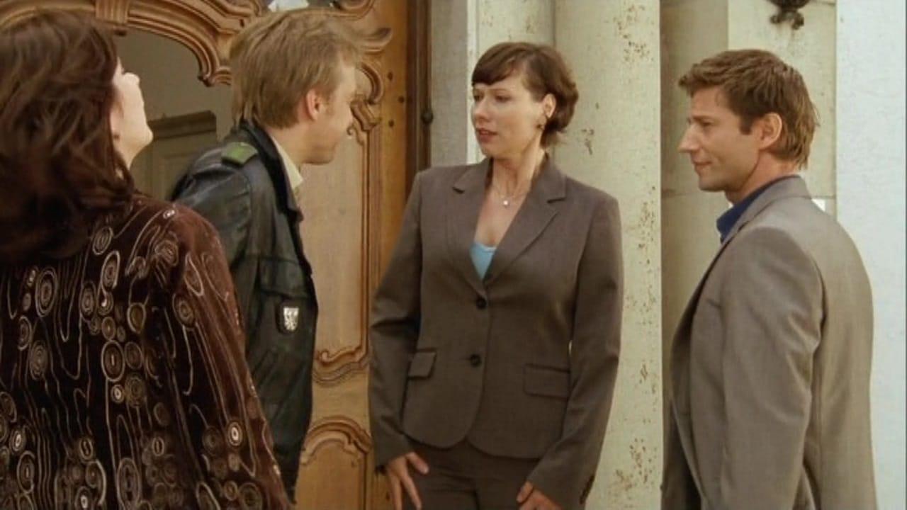 Die Rosenheim-Cops Season 9 :Episode 2  Dumm gelaufen