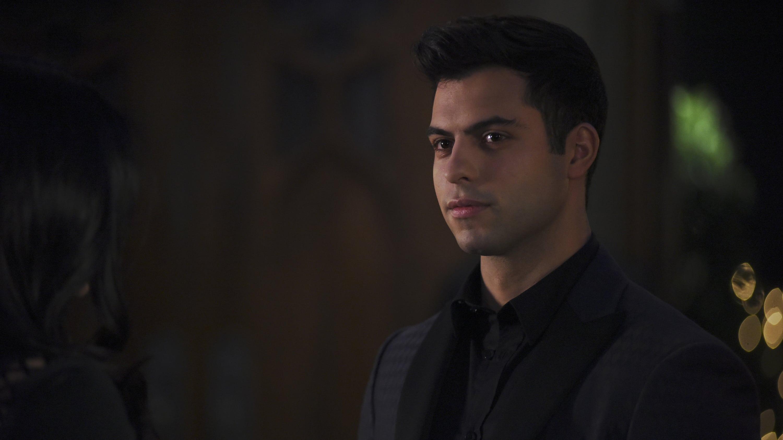 Watch Shadowhunters Season 2 Episode 14