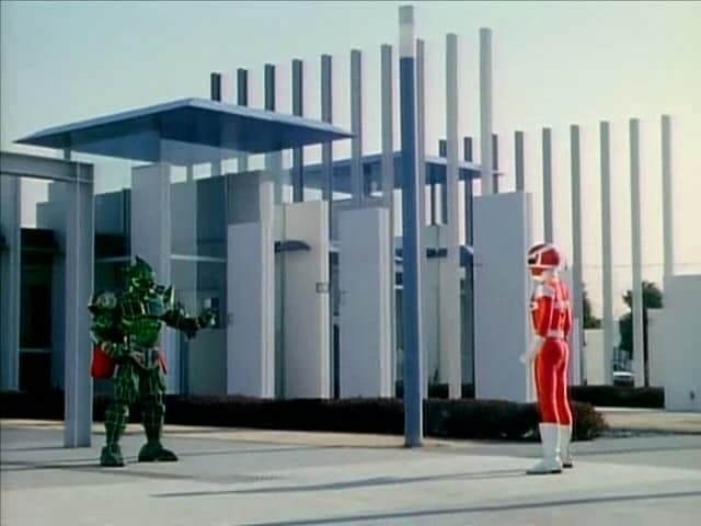 Super Sentai Season 21 :Episode 8  Like I'll Lose! Turn it Around with Teamwork