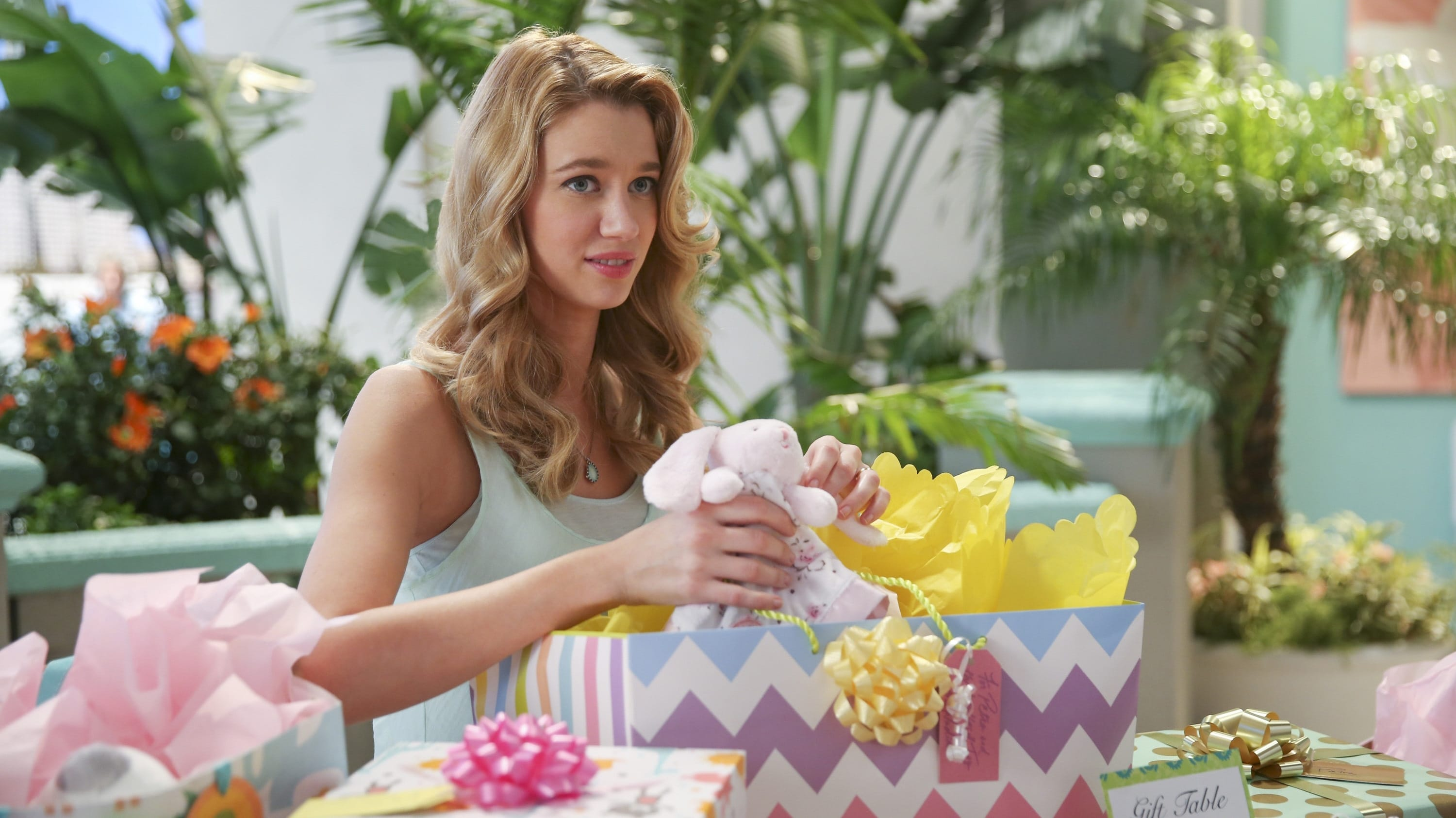 Jane the Virgin Season 2 :Episode 12  Chapter Thirty-Four