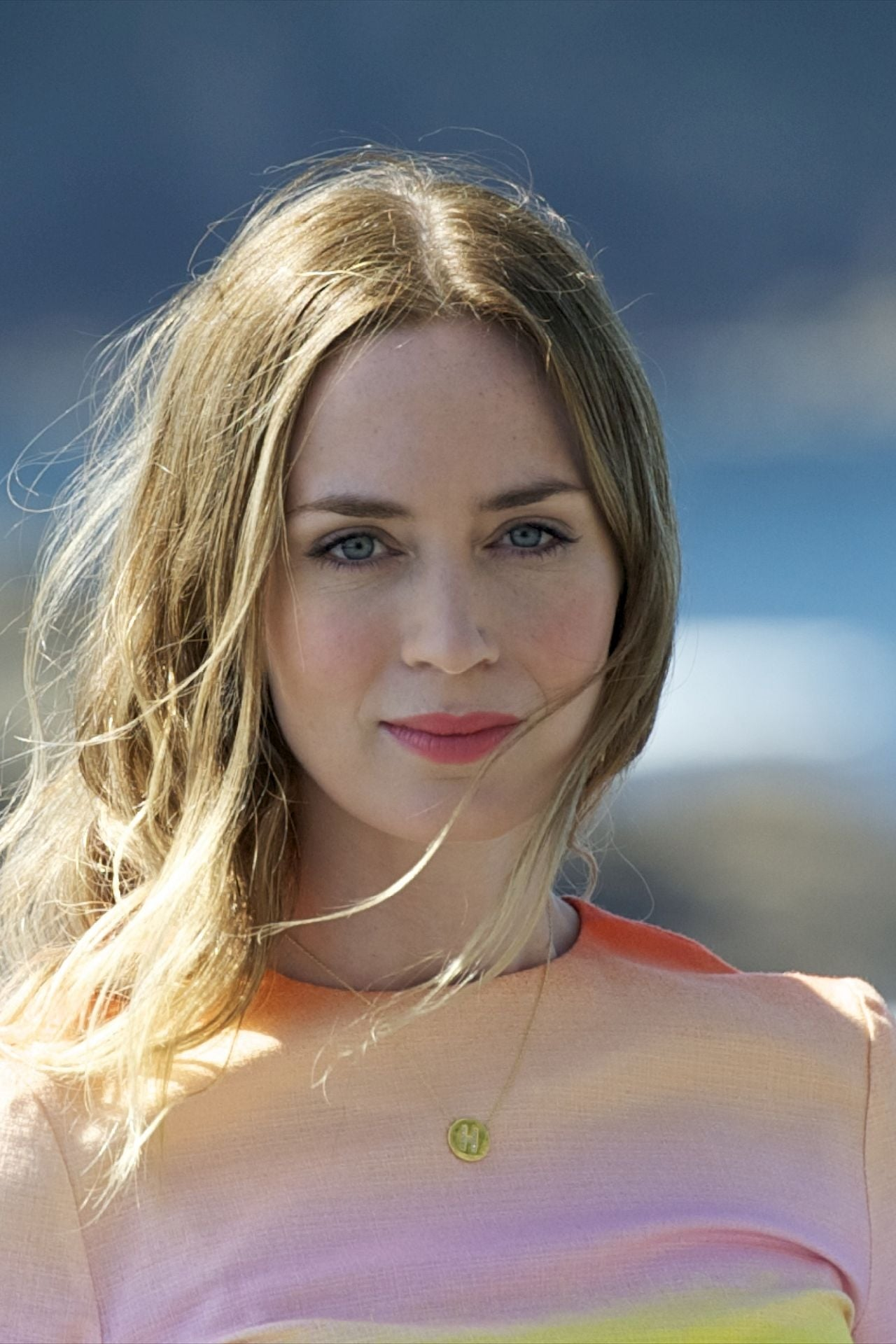Emily Blunt Biography - YIFY TV Series