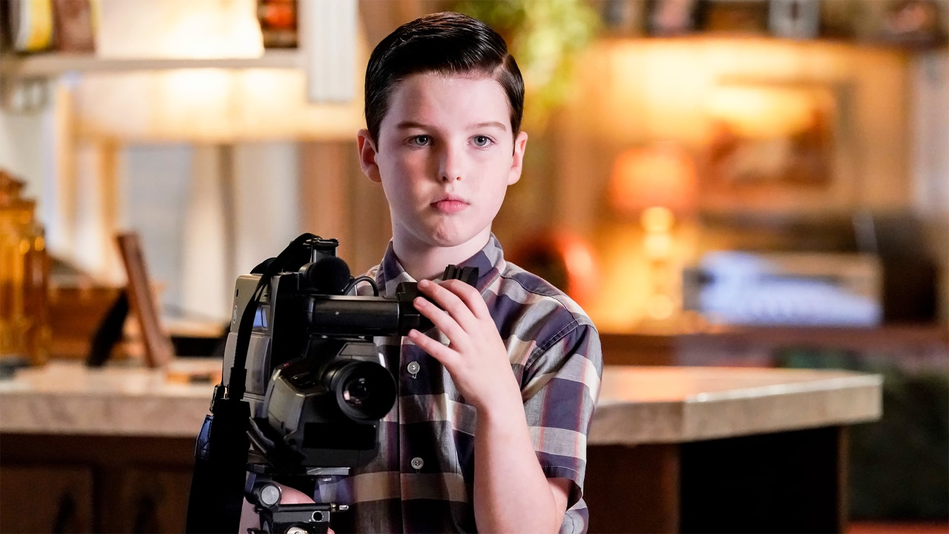 Young Sheldon - Season 2 Episode 11 : A Race of Superhumans and a Letter to Alf