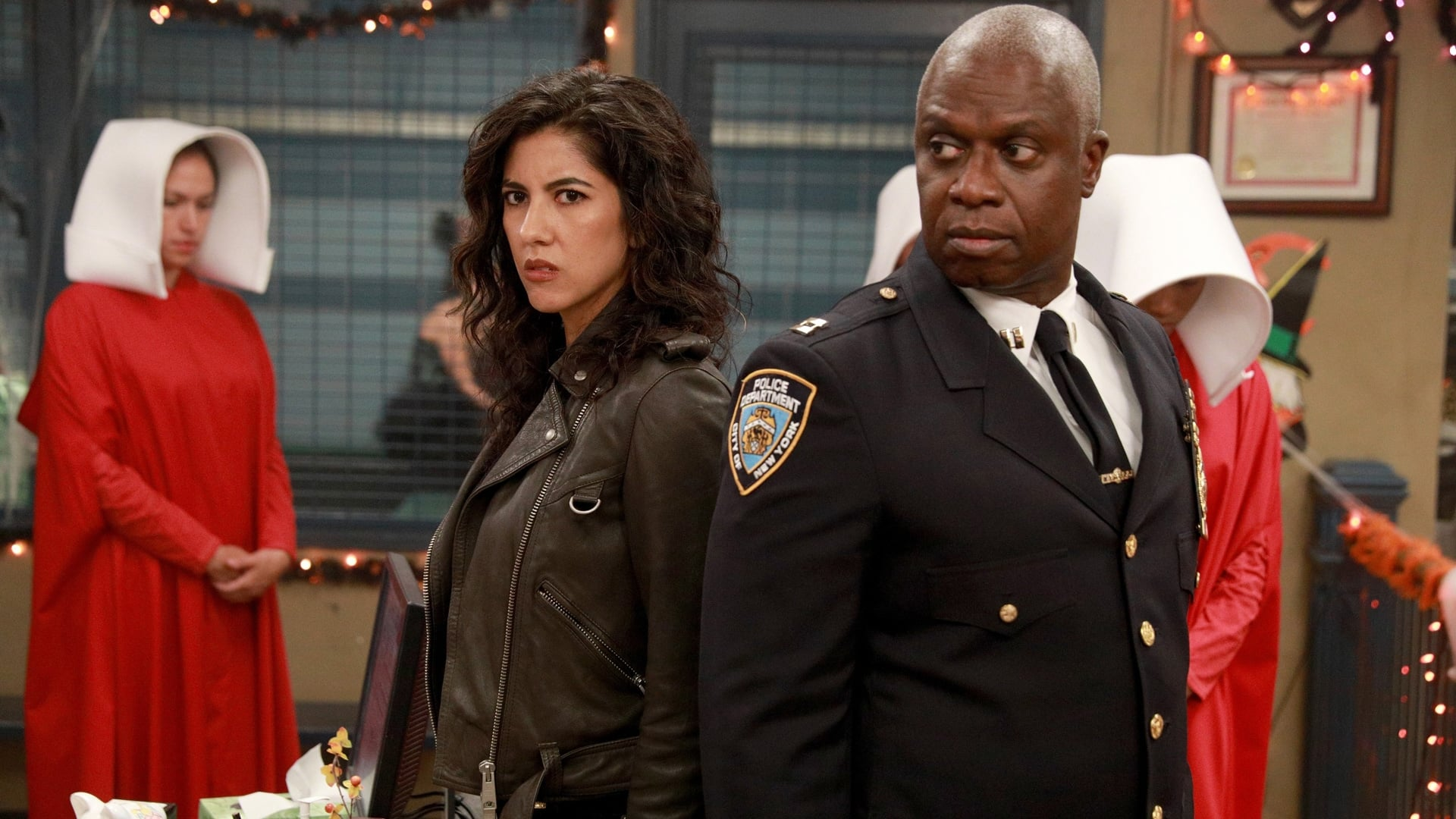 Brooklyn Nine-Nine Season 5 :Episode 4  HalloVeen