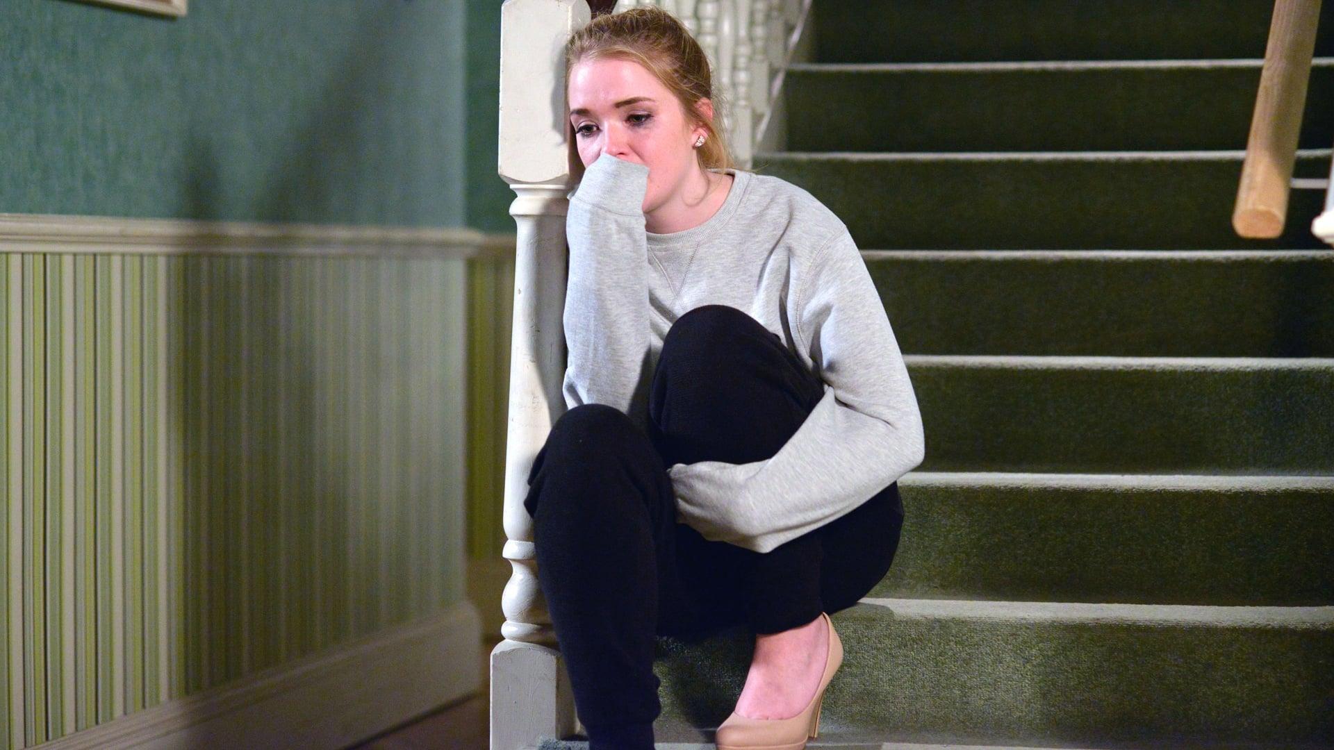 EastEnders Season 32 :Episode 61  12/04/2016