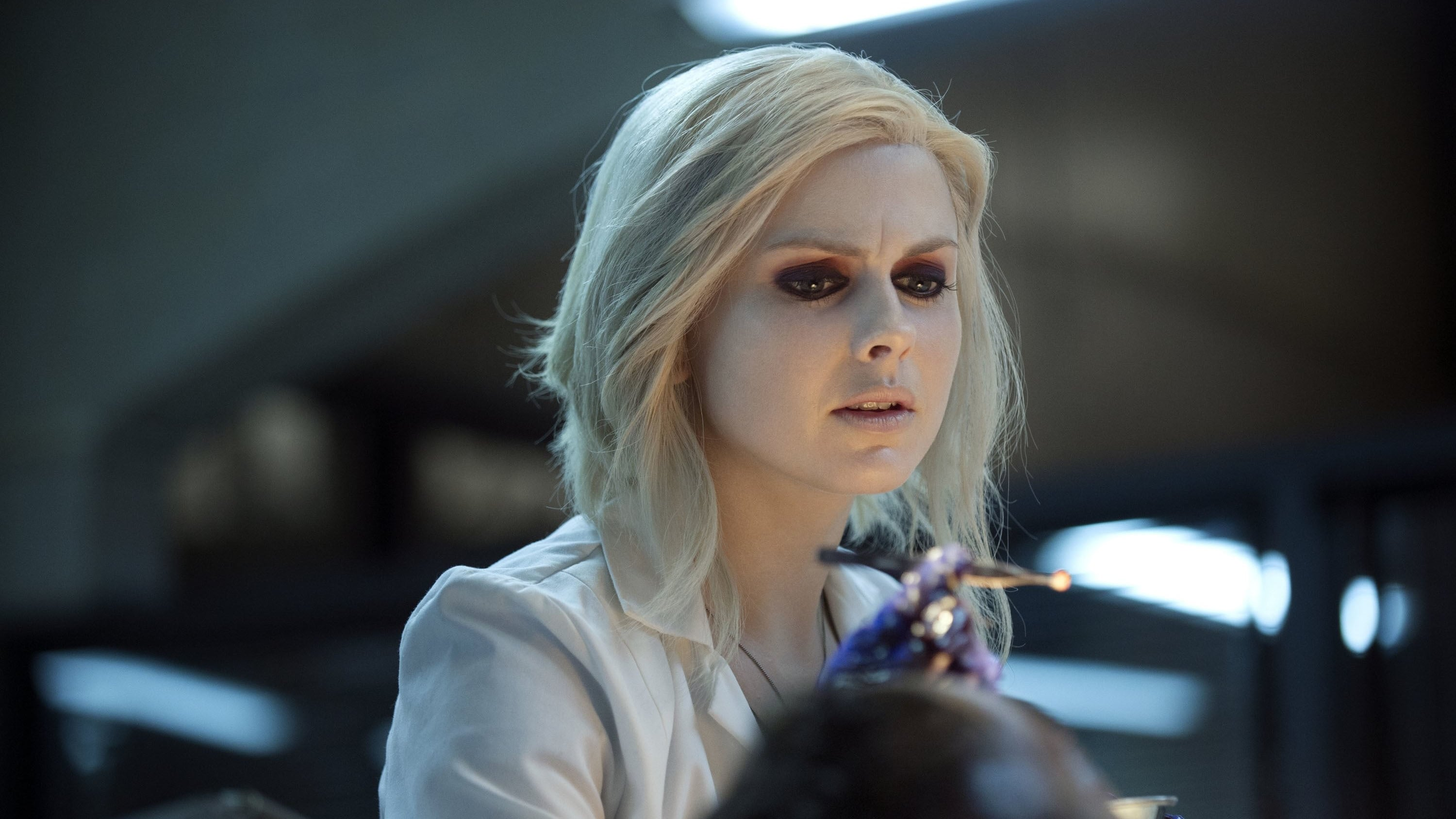 iZombie Season 1 :Episode 6  Virtual Reality Bites
