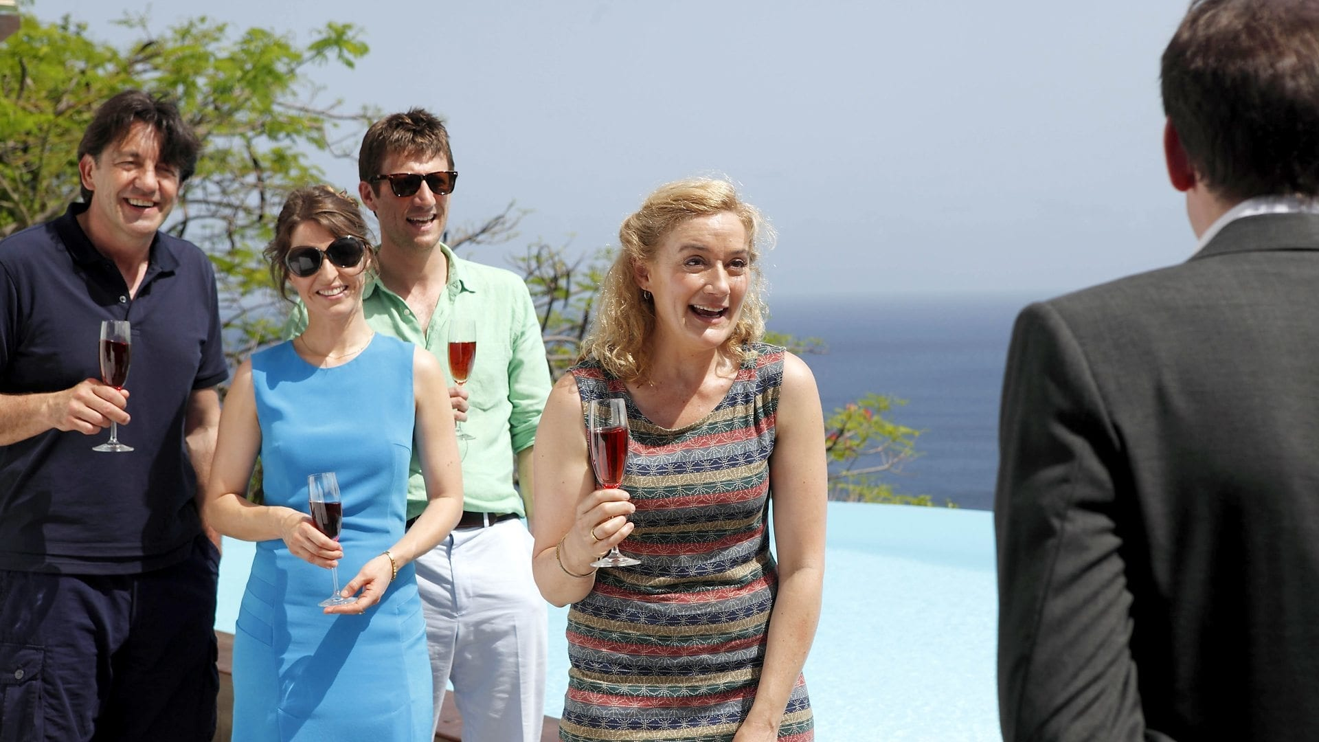 Death in Paradise - Season 3 Episode 1 : Death of a Detective