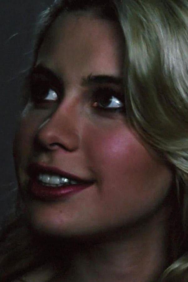 Elizabeth Kaitan - Profile Images — The Movie Database (TMDb)