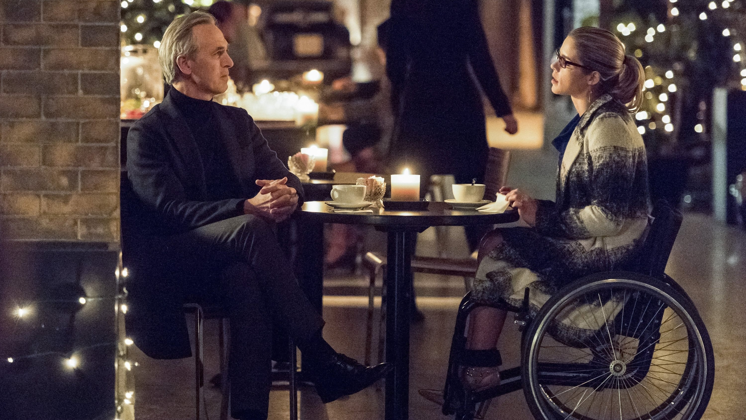 Arrow - Season 4 Episode 13 : Sins of the Father