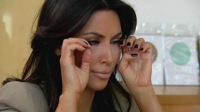Keeping Up with the Kardashians - Season 5 Episode 5 : Botox and Cigarettes