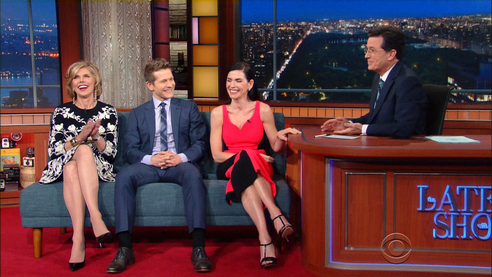 The Late Show with Stephen Colbert Season 1 :Episode 131  Julianna Margulies, Christine Baranski, Matt Czuchry, Hank Azaria, Phil Knight