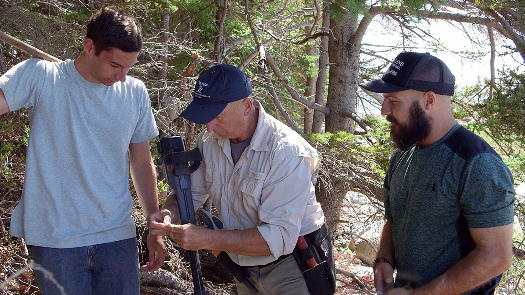 The Curse of Oak Island Season 5 :Episode 2  Dead Man's Chest