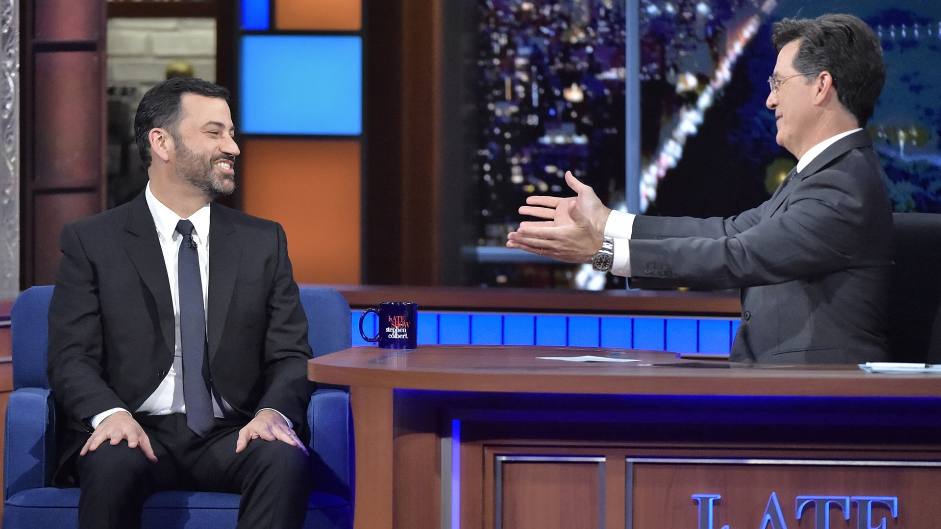 "The Late Show with Stephen Colbert Season 1 :Episode 29  Jimmy Kimmel, the cast and director of ""Crimson Peak"", Beach House"