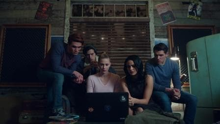 Riverdale - Season 2 Episode 12 : Chapter Twenty-Five: The Wicked and the Divine (1970)