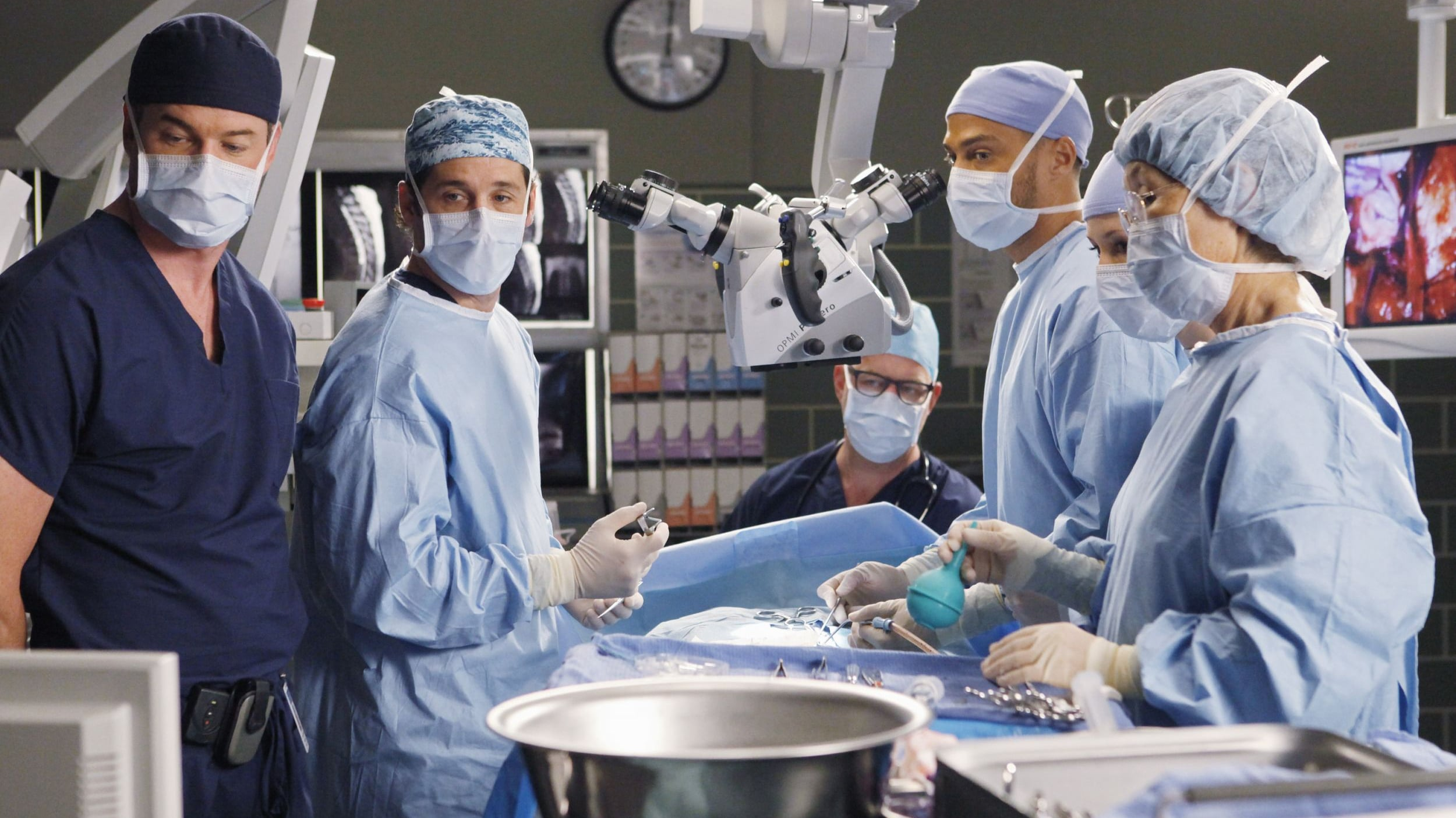 Grey's Anatomy - Season 6 Episode 7 : Give Peace a Chance
