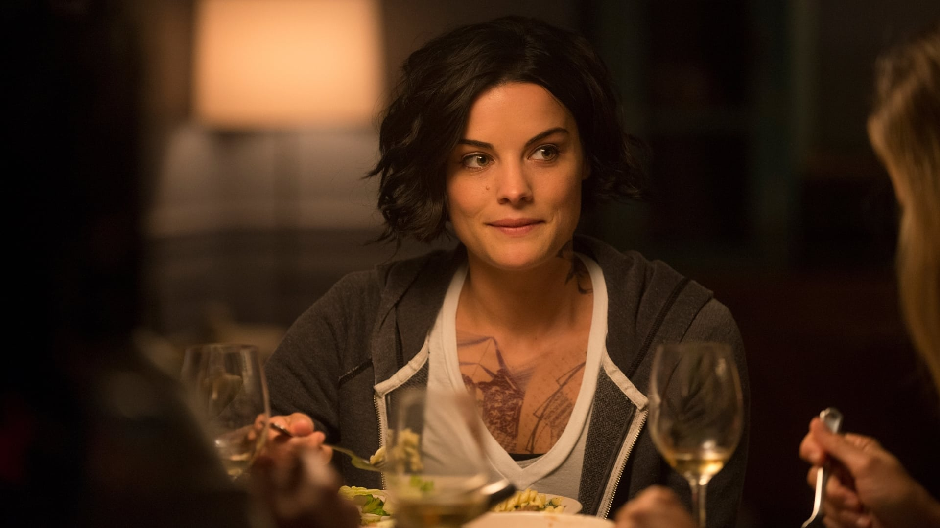 Blindspot Season 1 :Episode 5  Split the Law