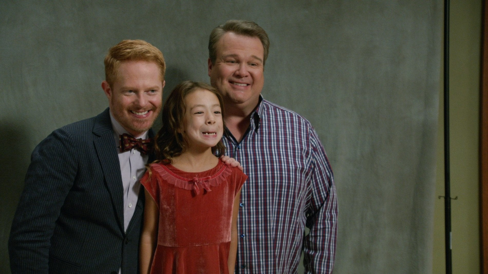 Modern Family Season 6 :Episode 2  Do Not Push