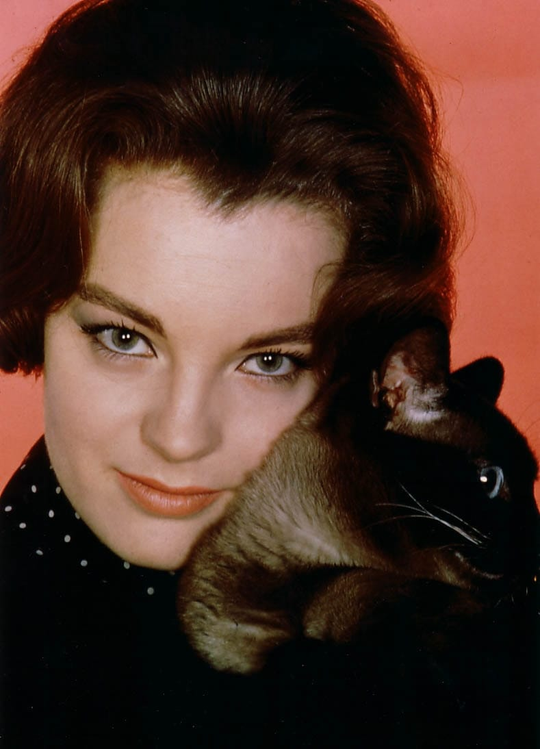 Romy Schneider - Watch...
