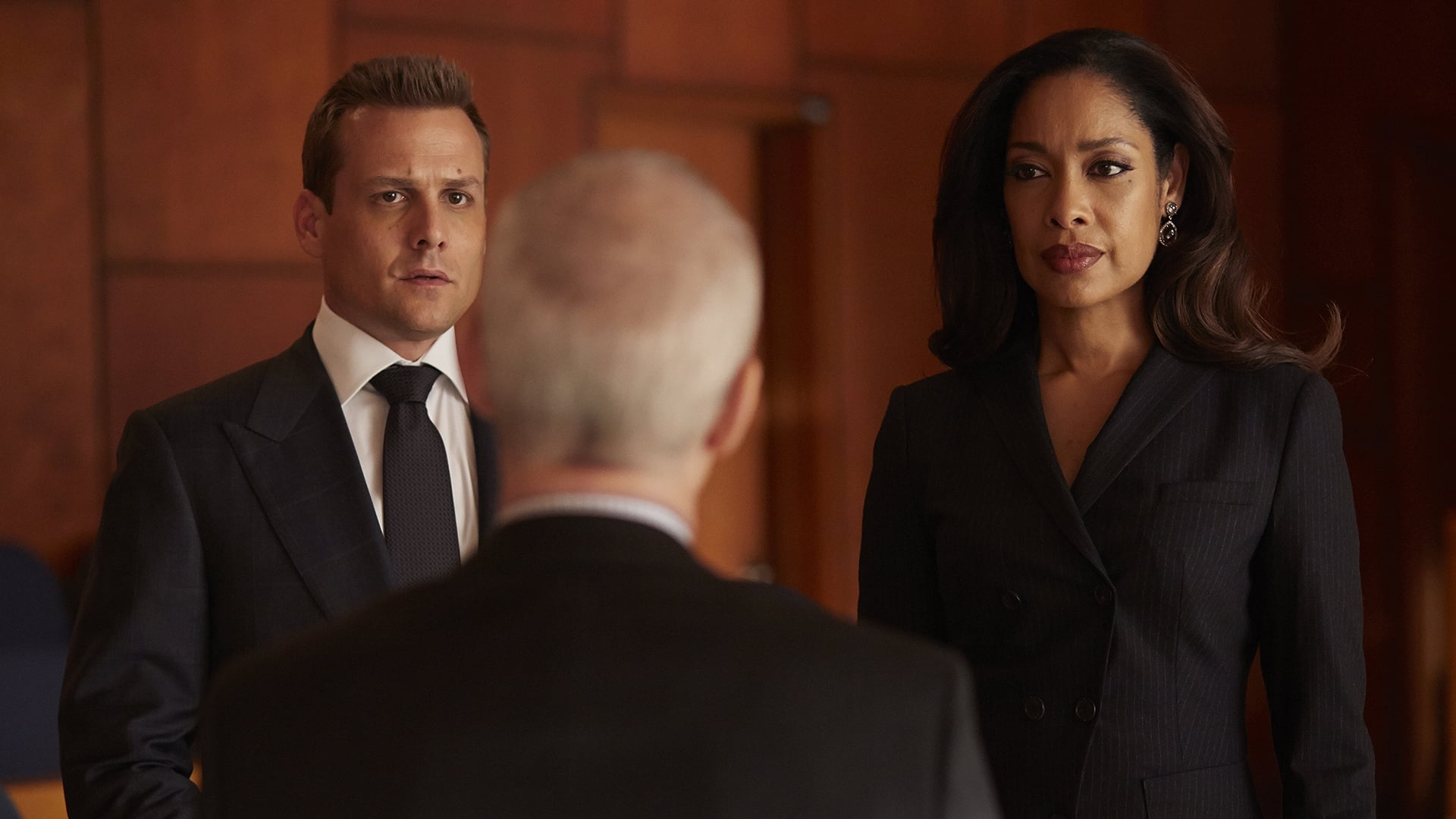 Suits - Season 4 Episode 9 : Gone