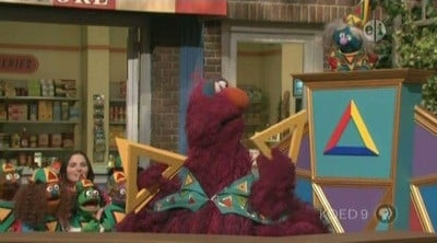 Sesame Street Season 39 :Episode 7  Annual Triangle Toss