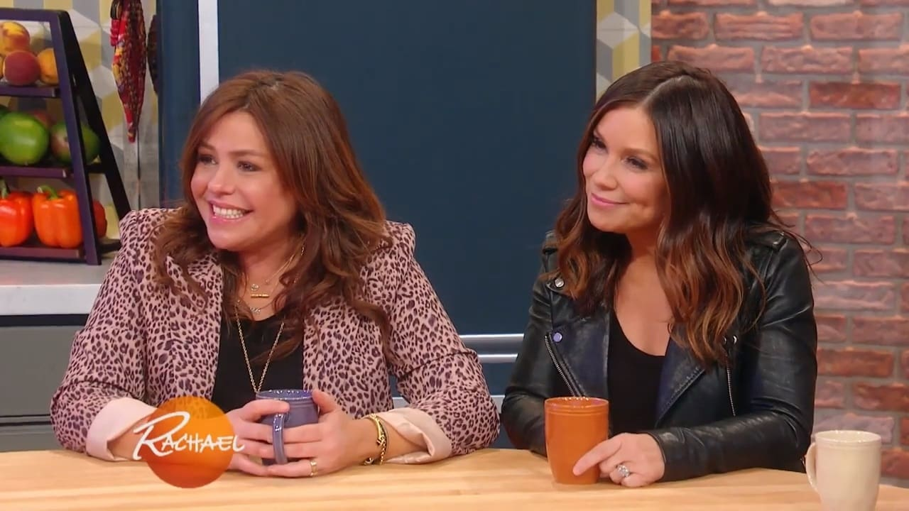 Rachael Ray Season 13 :Episode 133  Rach's Buffalo Chicken Paillard with Blue Cheese Crumbles + How To Actually Rock Mom Jeans