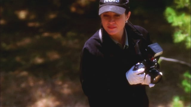 NCIS Season 1 :Episode 21  Split Decision