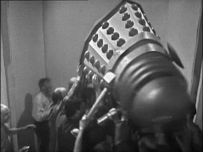 Doctor Who Season 2 :Episode 9  Flashpoint