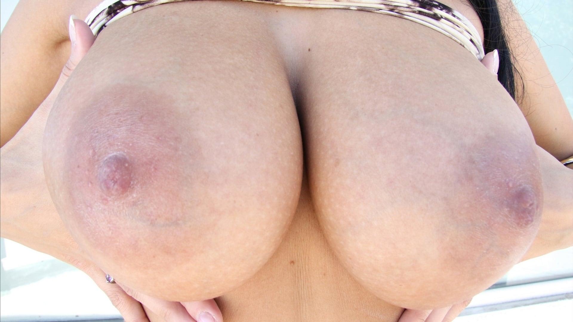 japan-artis-big-tits-round-arse-facial-sunspots-petite