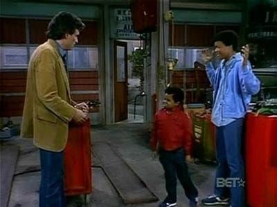 Diff'rent Strokes Season 4 :Episode 22  Lifesavers