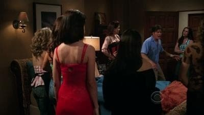 Two and a Half Men Season 7 :Episode 21  Die Standuhr