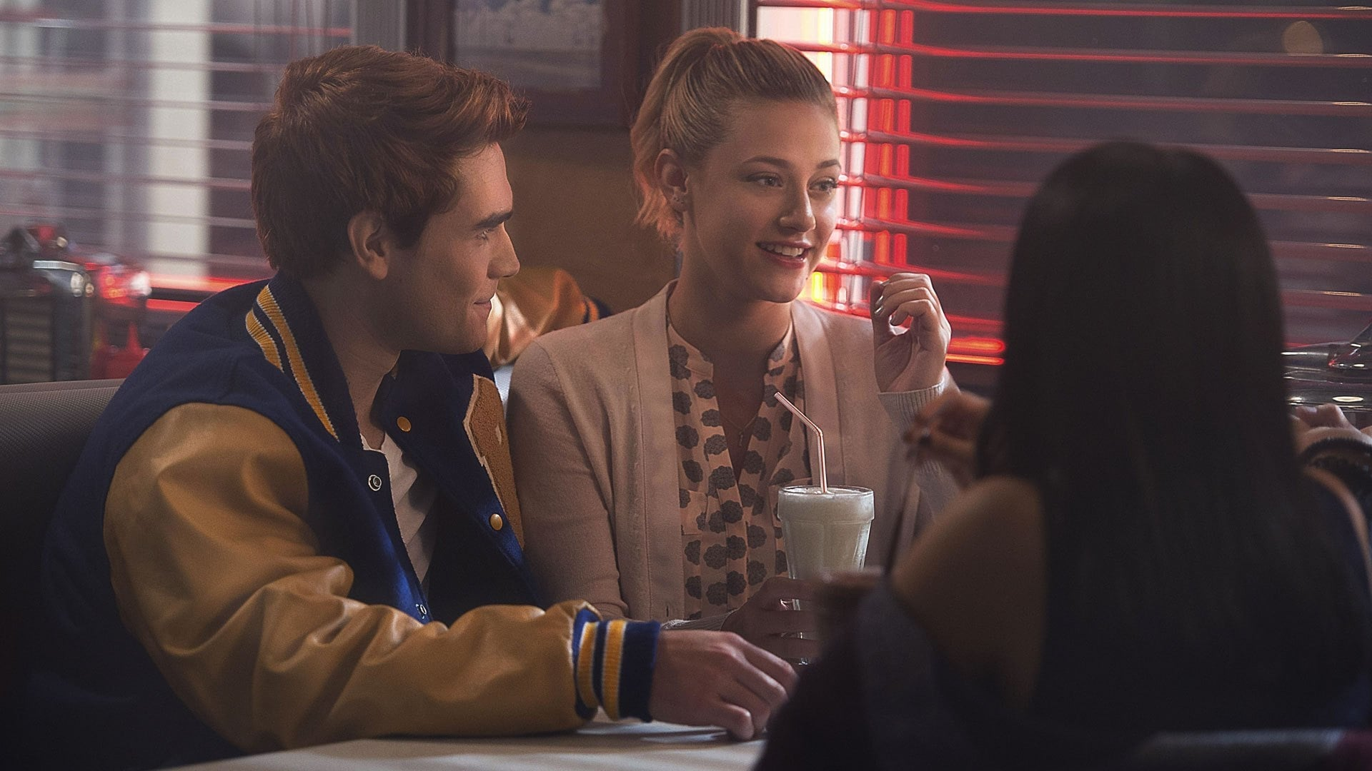 "Riverdale Season 1 :Episode 1  Kapitel eins: ""Das Flussufer"""