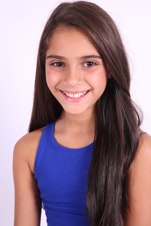 Alana Mansour isZoe Shannon