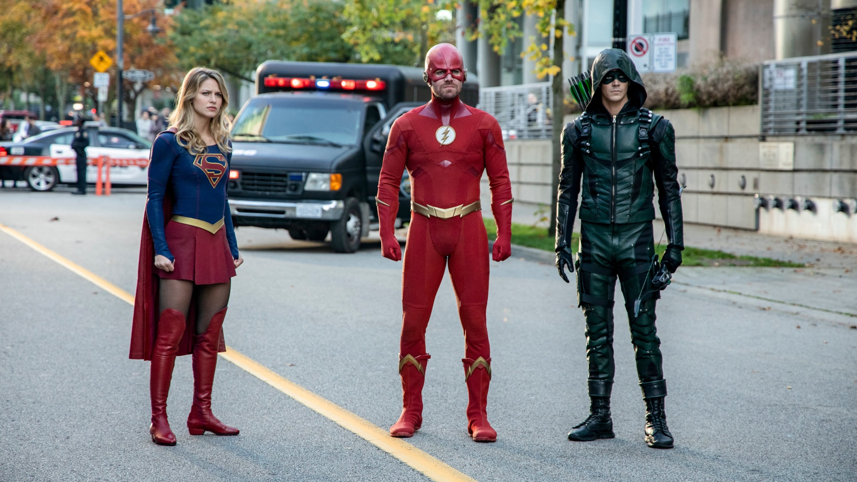 Arrow Season 7 :Episode 9  Elseworlds (II)
