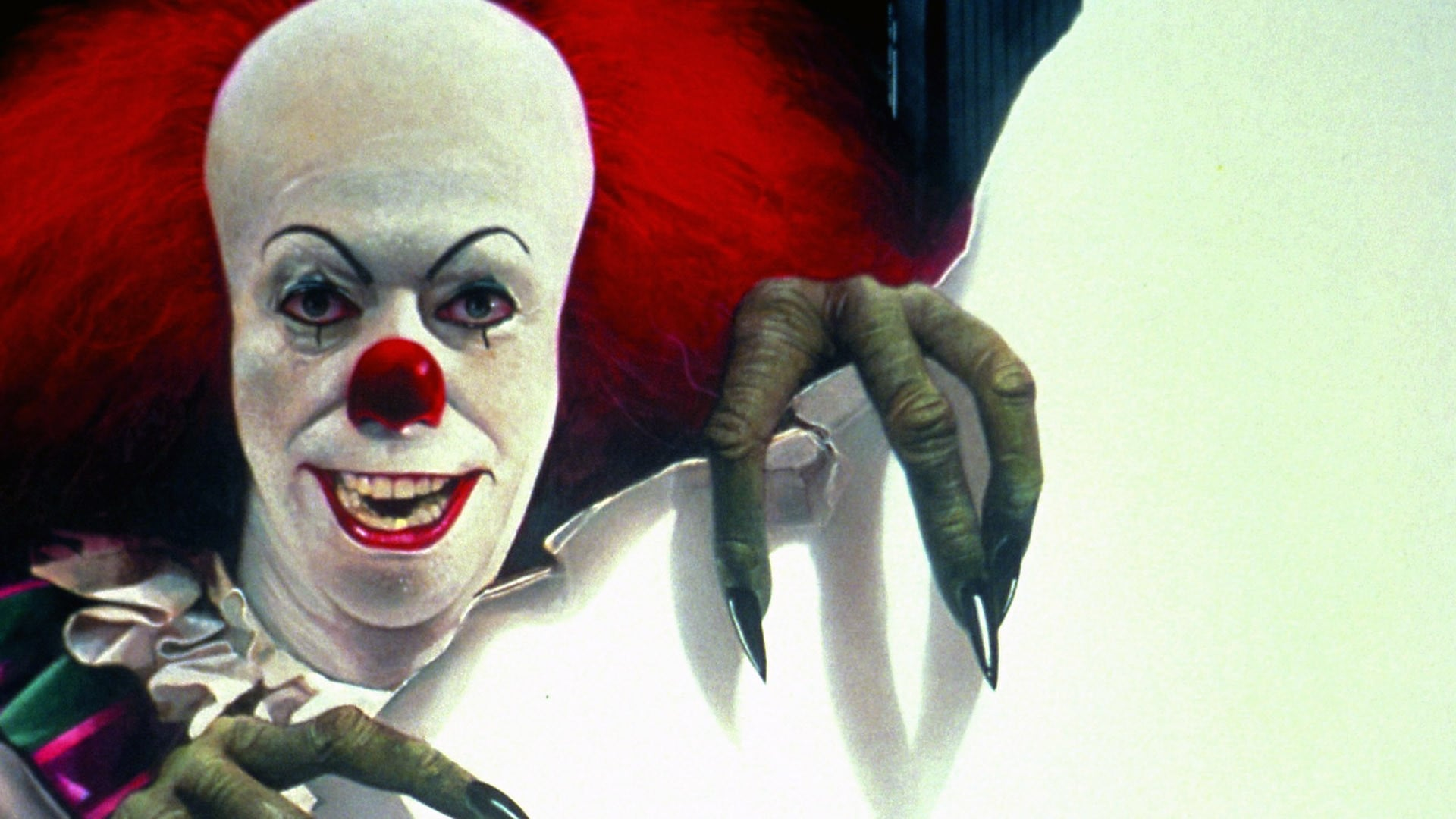 Pennywise The Clown 1990wallpaper: Stephen King's It (1990) • Movies.film-cine.com