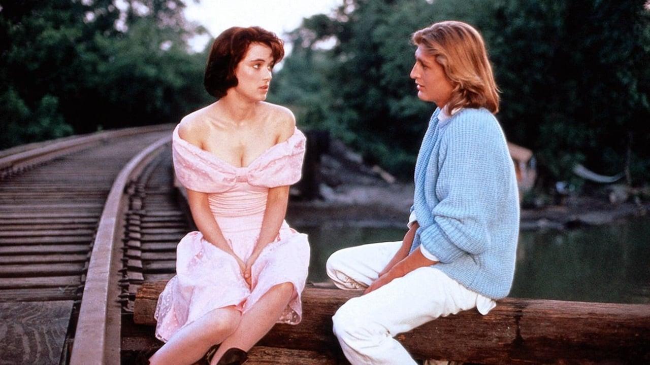 Welcome Home, Roxy Carmichael (1990)