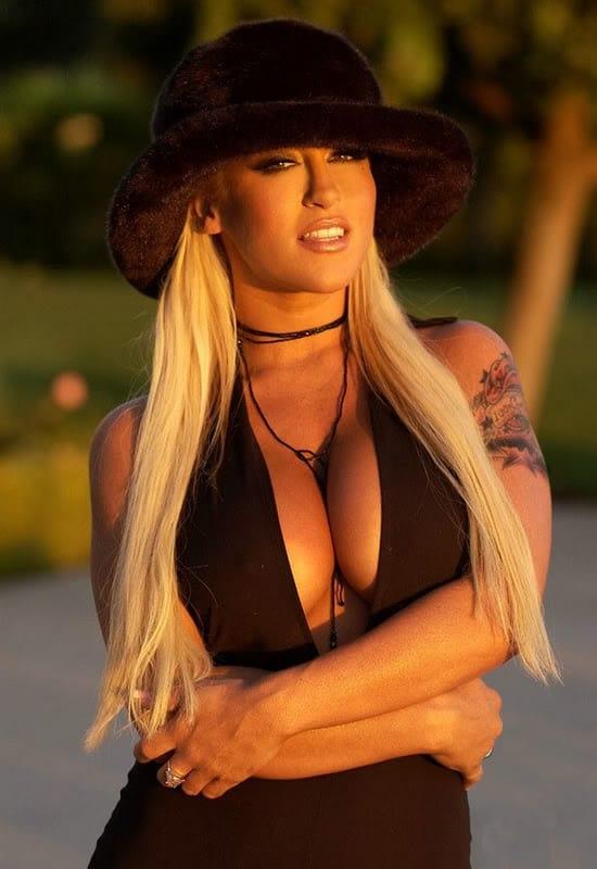 Naomi campbell naked pussy