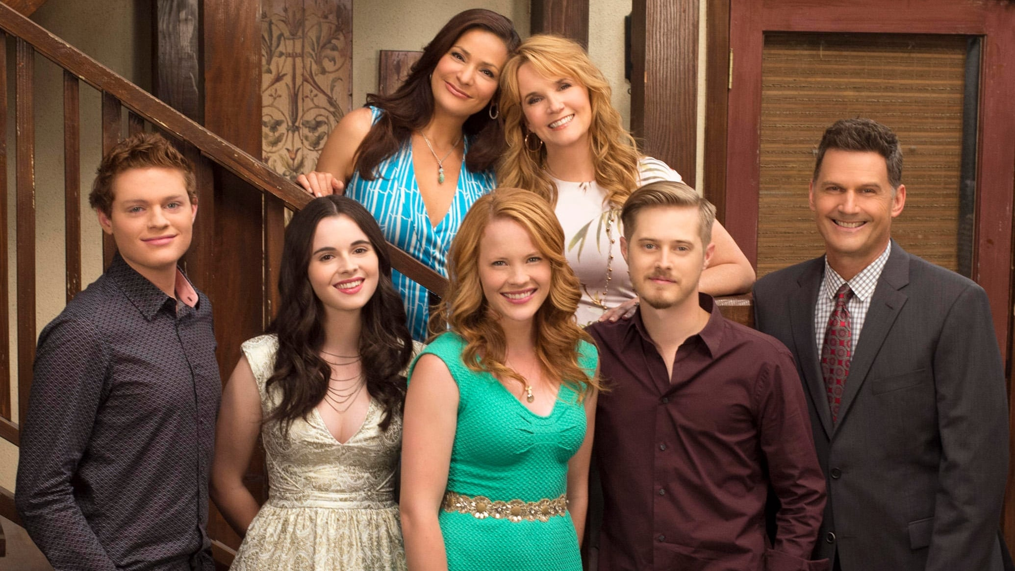 ABC Family vernieuwt Switched at Birth en bestelt meer van The Fosters en Twisted