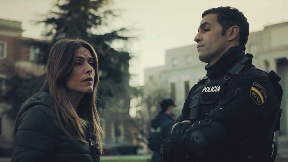 Watch Money Heist: 1x3 Episode Online For Free - Movie4u