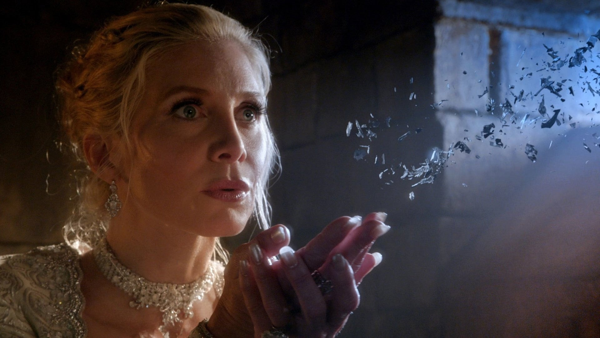 Once Upon a Time Season 4 :Episode 9  Smash the Mirror (2)