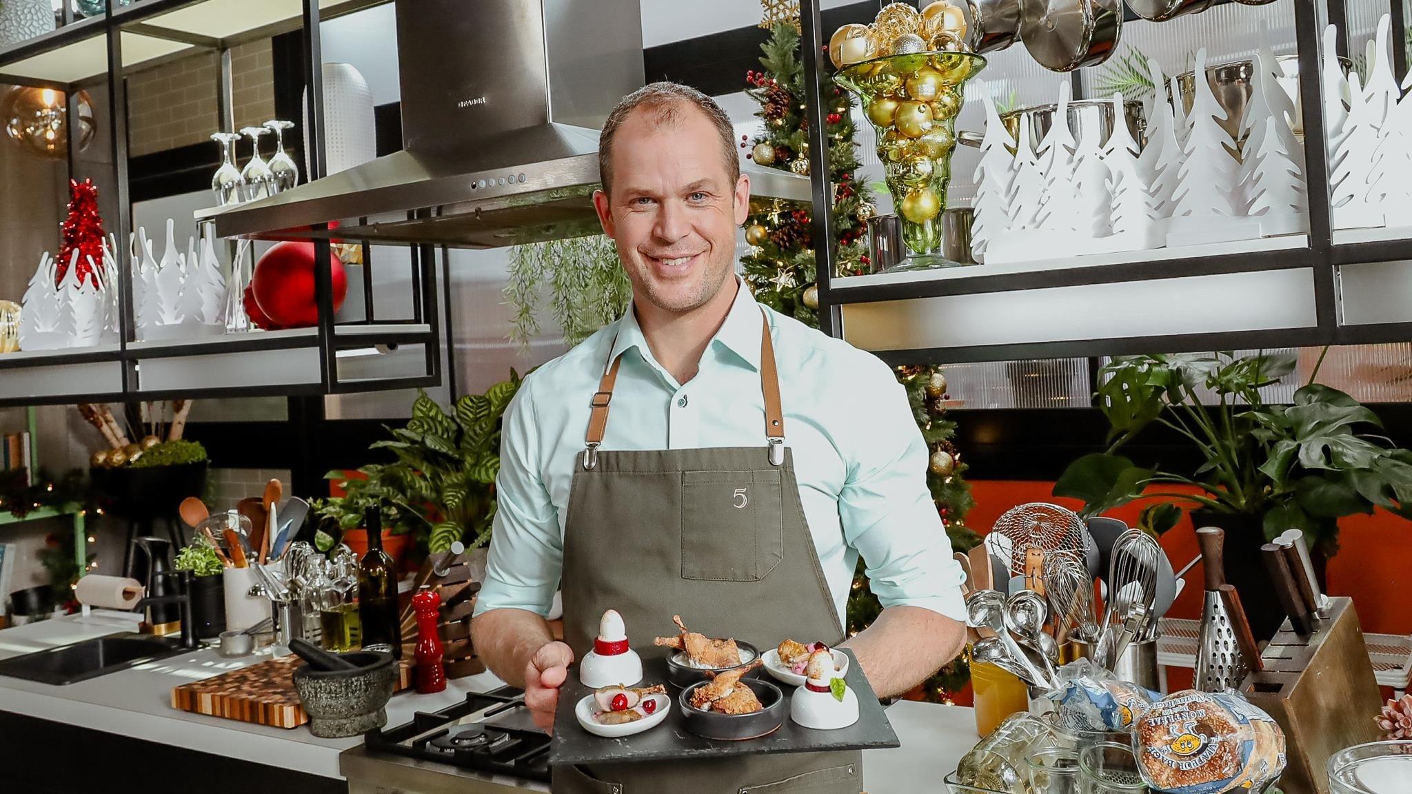 5 chefs dans ma cuisine Season 1 :Episode 65  Episode 65