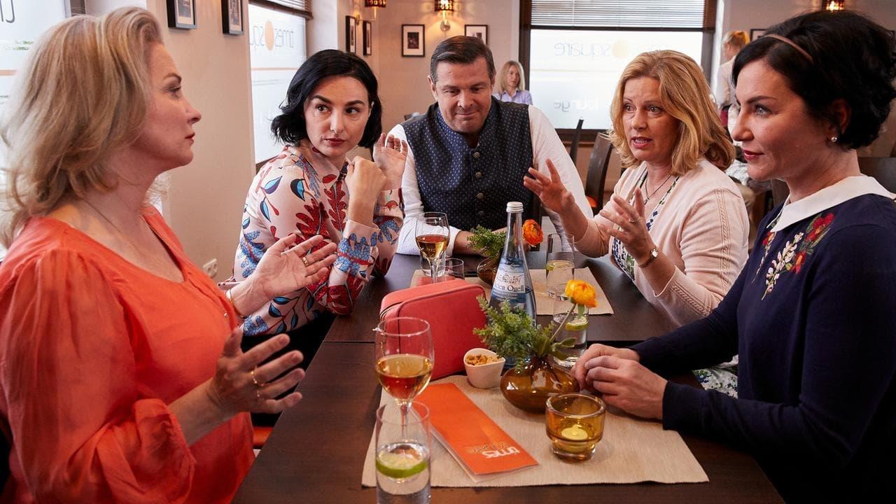 Die Rosenheim-Cops Season 19 :Episode 11  Hochzeit in Gefahr