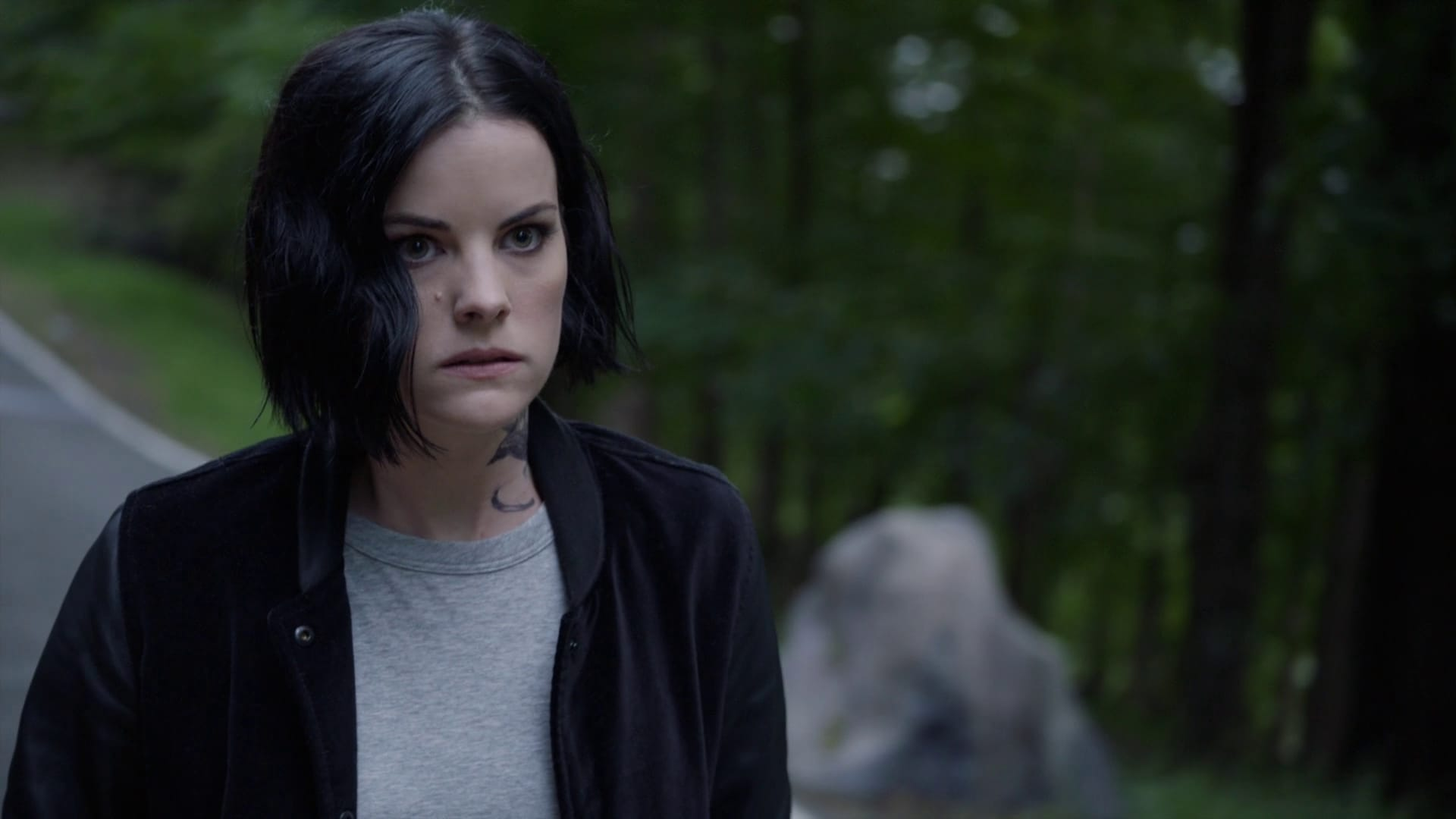 Blindspot Season 4 :Episode 8  Screech, Thwack, Pow