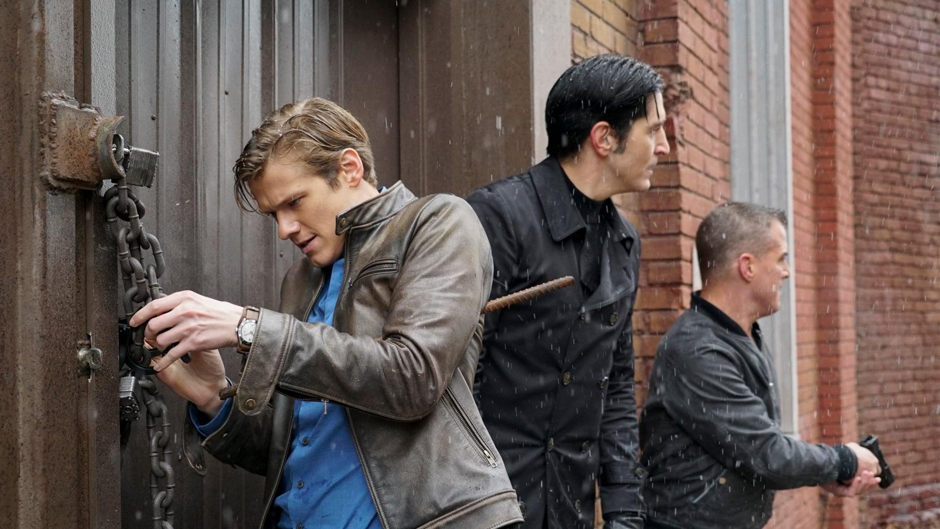 MacGyver Season 2 :Episode 15  Murdoc + Handcuffs