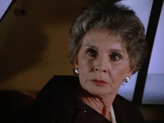 Murder, She Wrote Season 5 :Episode 22  Mirror, Mirror, On the Wall (2)