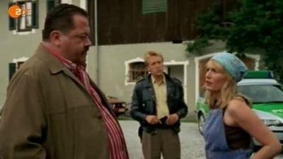 Die Rosenheim-Cops Season 7 :Episode 20  Eine Leiche für den Neuen