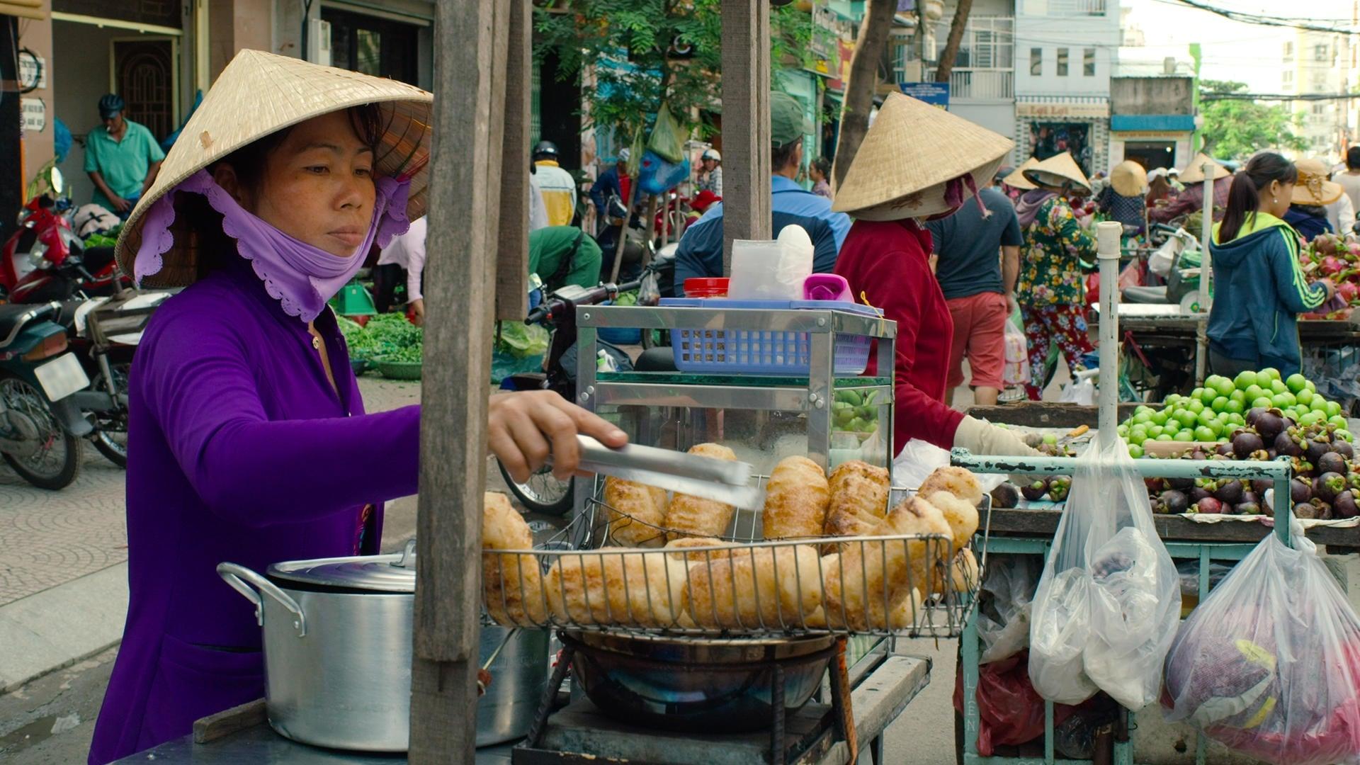 Street Food Season 1 Episode 7