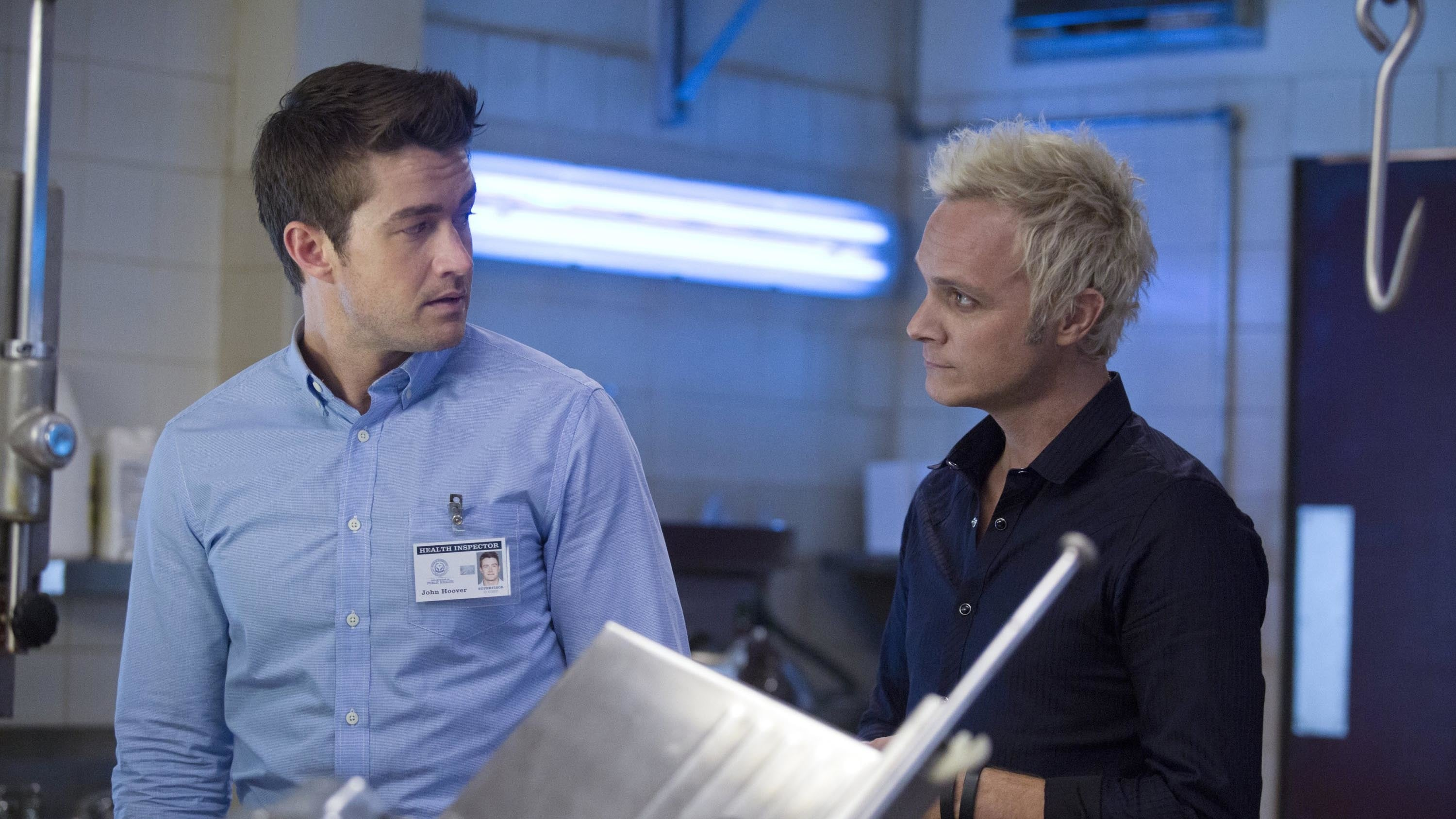 iZombie Season 1 :Episode 12  Dead Rat, Live Rat, Brown Rat, White Rat