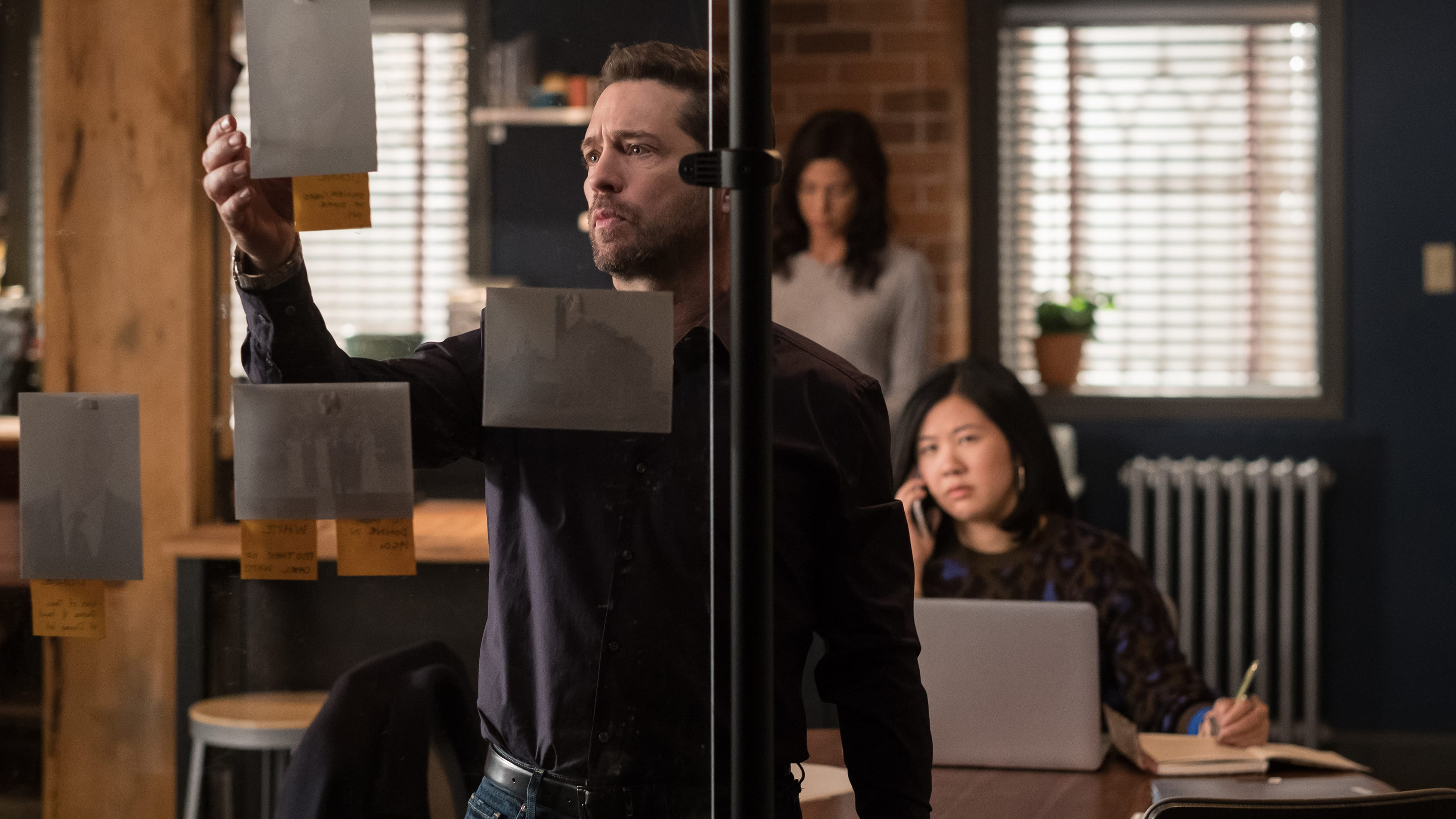 Private Eyes Season 2 :Episode 8  Six Feet Blunder