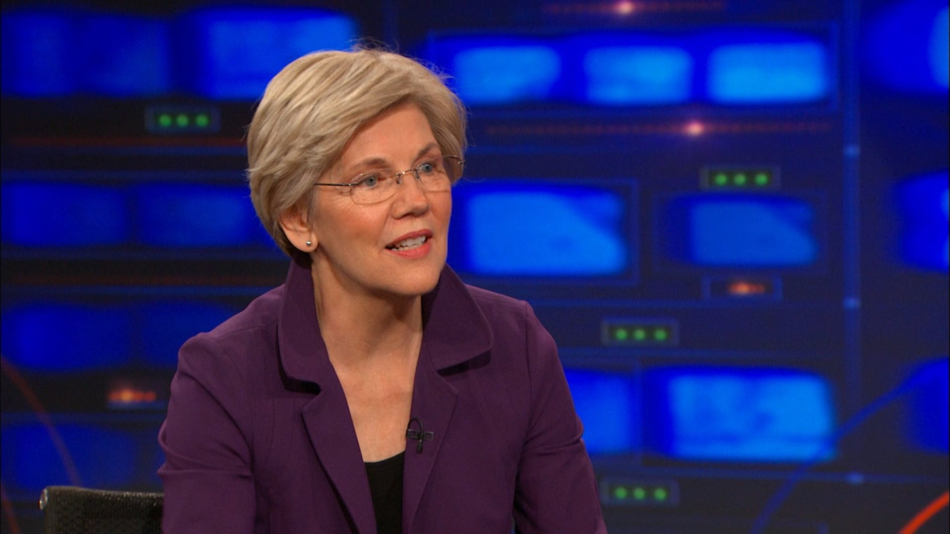 The Daily Show with Trevor Noah Season 20 :Episode 87  Elizabeth Warren