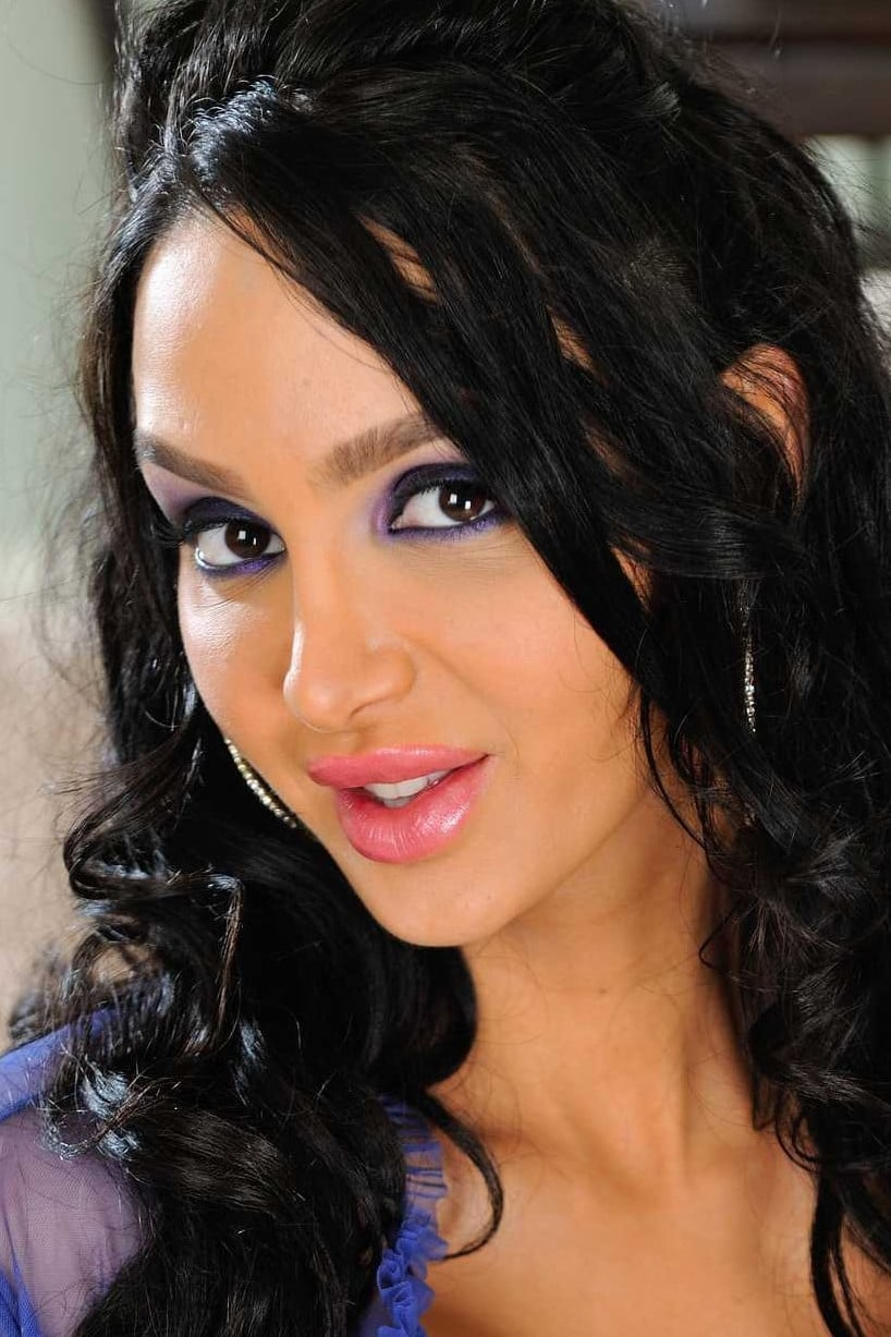 Amy Anderssen - Profile Images — The Movie Database (TMDb)